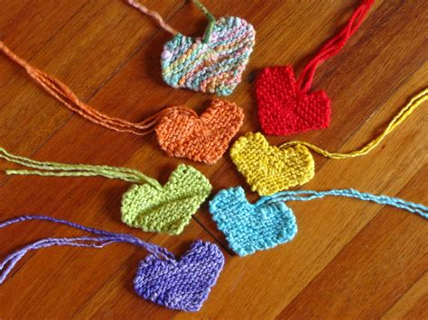 knit heart pattern easy a simple valentine heart pattern and out in the garden