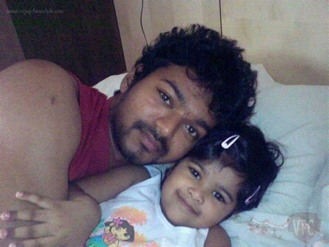 actor vijay daughter recent photos tamil actor vijay son and daughter photos www imgkid com