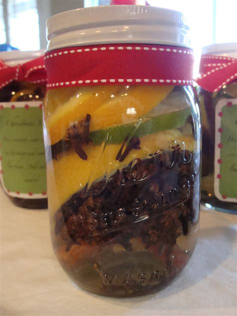 marci coombs christmas potpourri in a jar
