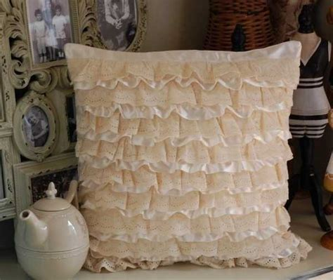 20 Creative Decorative Pillows, Craft Ideas Playing with