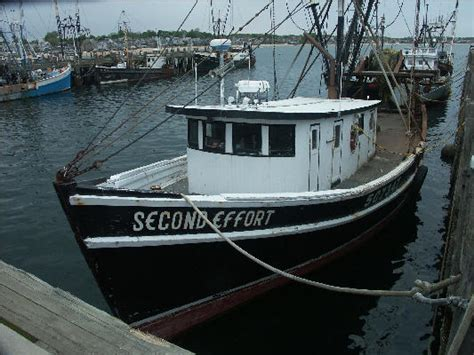 boats cape cod second effort fishing boat provincetown cape cod