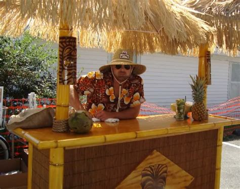 Portable Tiki Hut by So I Made A Portable Tiki Bar Cheap Tiki Central