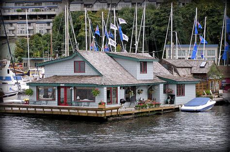 sleepless in seattle house tom hanks house in quot sleepless in seattle quot flickr photo sharing