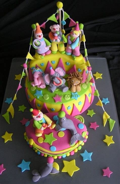 sweet carnival cakes 122 best images about circus fondant cakes on pinterest