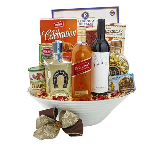 costco christmas food gifts 7 best canastas navide 241 as images on basket gift baskets and gift baskets