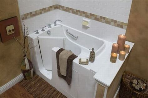 Geriatric Bathtubs by Bathtubs For The Handicapped