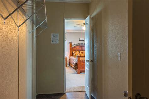 Closet Waco by The Pecan Valley Iii Ml30683p Manufactured Home Floor Plan