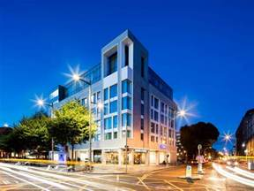 Inn Express 9 Of The Best Hotels In Dublin Ireland Points With A Crew
