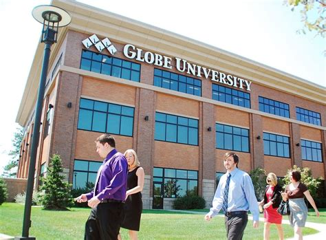 Mba Programs Of Minnesota by For Profit Globe S Recruitment Revenue Tactics