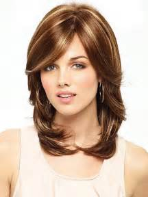 below shoulder simple layered hair style shoulder length layered haircuts 2017
