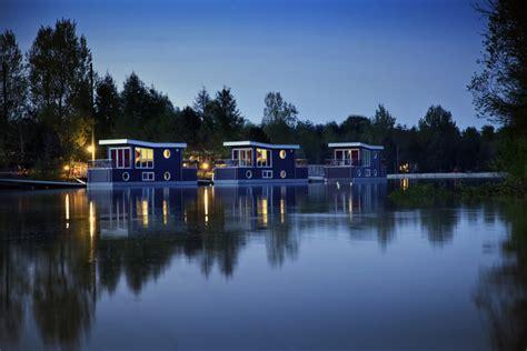 woonboot kempervennen woonboot vakantie center parcs travelersmagazine nl