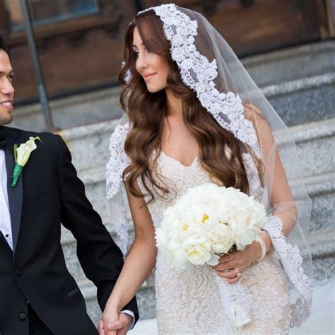Wedding Hairstyles For Cathedral Veils by 36 Stunning Wedding Veils That Will Leave You Speechless