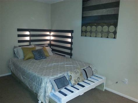 diy pallet trundle bed bed from 3 pallets 1001 pallets