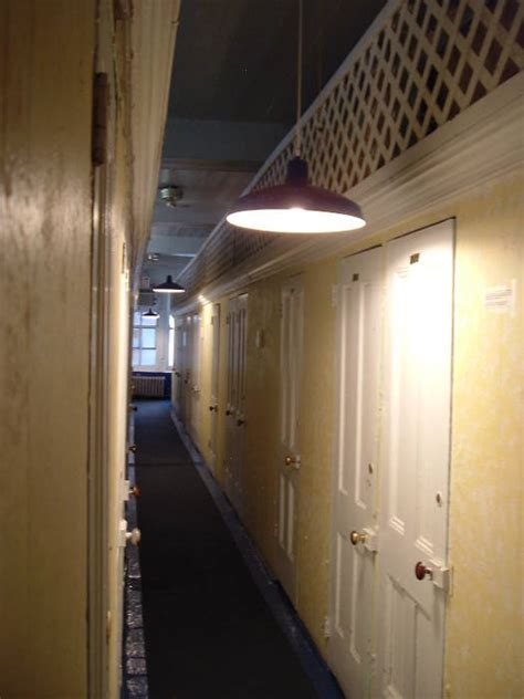single room occupancy nyc sro hotels dormitories and flophouses on the bowery