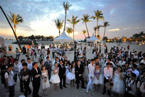 Record Number Of Marriages Record Number Of Singapore Weddings In 2014 World