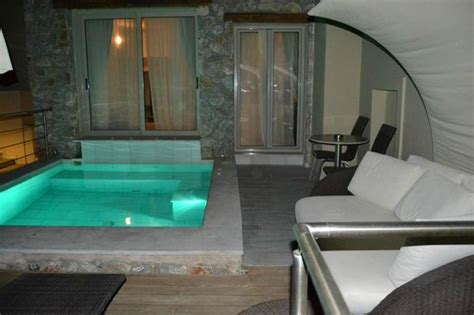 Hotel Rooms With Pools by Room With Pool Picture Of Antinea Hotel Kamari