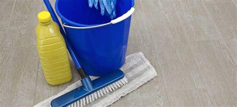 detersivo per pavimenti fai da te detersivo fai da te per pavimenti in marmo legno e