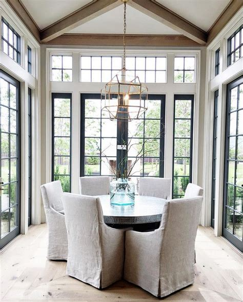 Dining Room Window 25 Best Ideas About Dining Room Windows On Pinterest Master Us Sunroom Windows And Sunroom