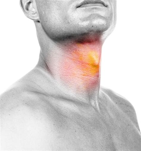 sore throat how to tell the difference between a sore throat and strep
