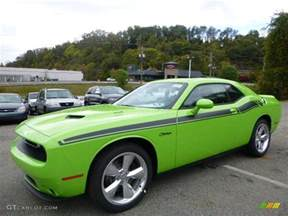 2015 sublime green pearl dodge challenger r t plus