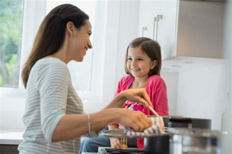 modern mom the working mom s guide to cooking