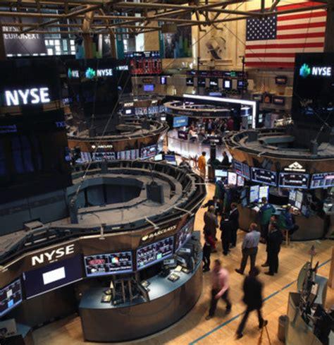 charitybuzz: nyse   new york stock exchange tour lot 1251615