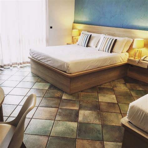 hotel corallo santa al bagno hotel corallo santa al bagno itali 235 foto s en