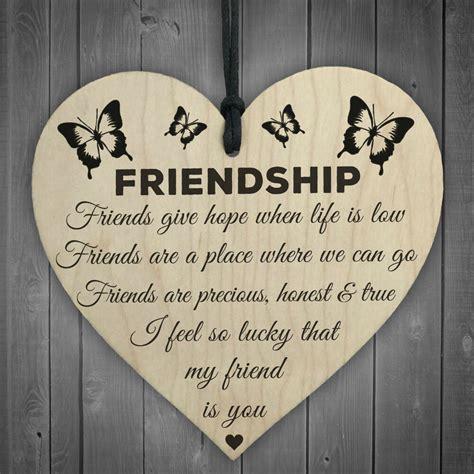 im lucky  friend   wooden hanging heart friendship gift  friends ebay