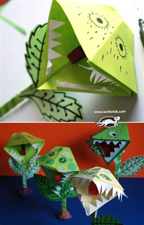 Origami Venus Fly Trap - krokotak paper venus flytrap