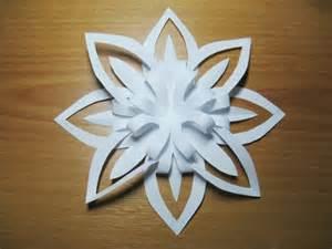 le aus papier 3d schneeflocke aus papier basteln dekoking