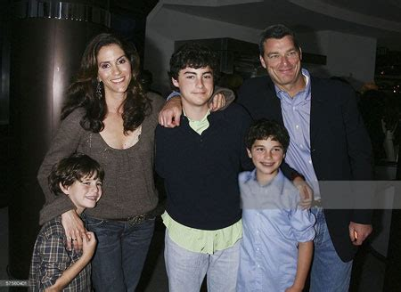 jami gertz house american actress jami gertz married to billionaire husband antony ressler happy couple