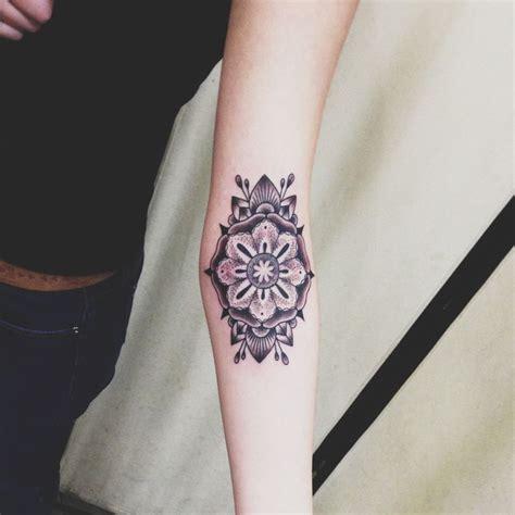 mandala tattoo girly mandala tat tattoo pinterest girly tattoos mandalas