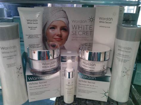 Harga Wardah Whitening Day And wardah white secret pemutih aman halal jual kosmetik