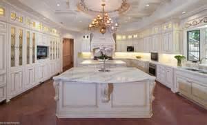 Marble countertop calacatta gold
