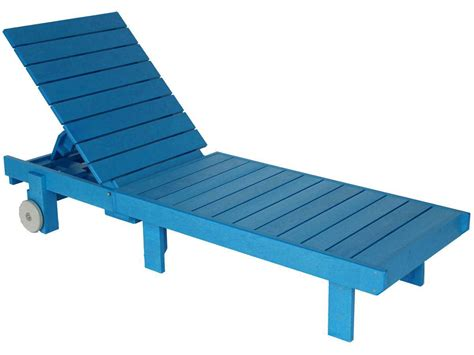 Plastic Chaise Lounge C R Plastic Generation Chaise Lounge Set With Side Table Loungeset