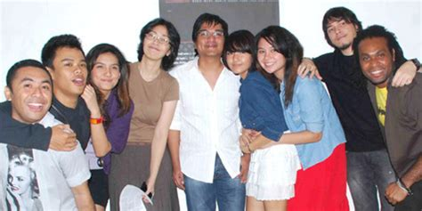 Cd Indra Lesmana Kembali Satu indra lesmana produseri album kolaborasi delapan idol