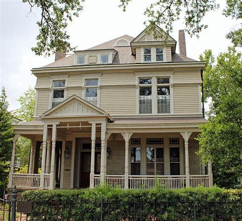 shreveport la queen anne house house pinterest 94 best b queen anne images on pinterest victorian