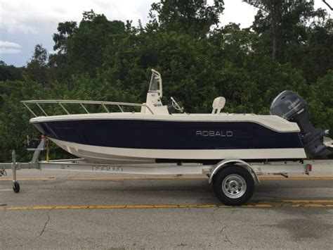 robalo boats robalo r160 center console boats for sale boats