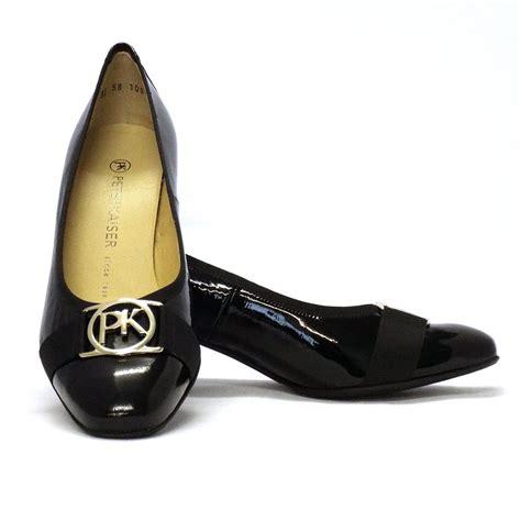 kaiser galma modern court shoes in black patent