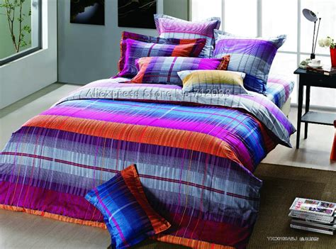 rainbow gradient color stripes orange purple roseo quilt