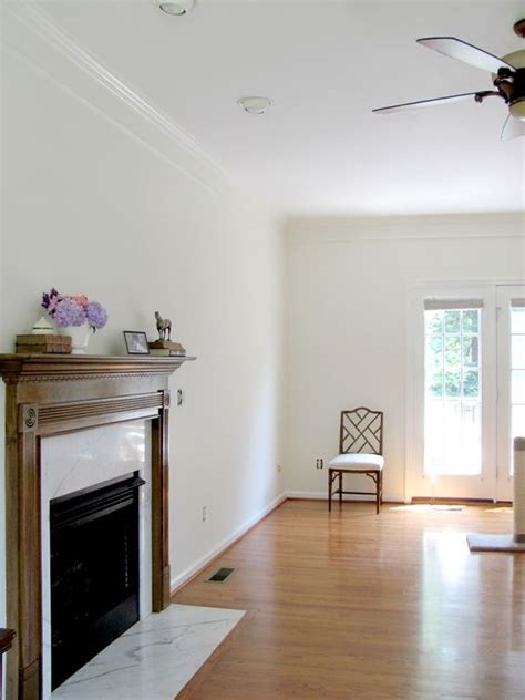 walls benjamin acadia white oc 38 in eggshell crown molding sherwin williams dover white