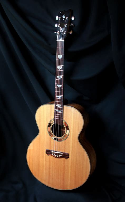 Handcrafted Acoustic Guitars - jumbo guitars custom handmade elijah guitars