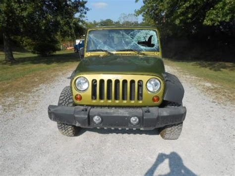 crashed jeep wrangler buy used 2008 jeep wrangler rubicon 4x4 4 door salvage
