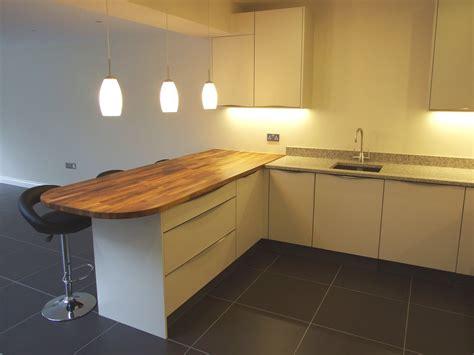 Contemporary Handleless Kuhlmann Kitchens Our Latest Pendant Lights Breakfast Bar
