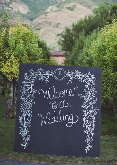 How to Use Chalkboards at Your Wedding   Arabia Weddings