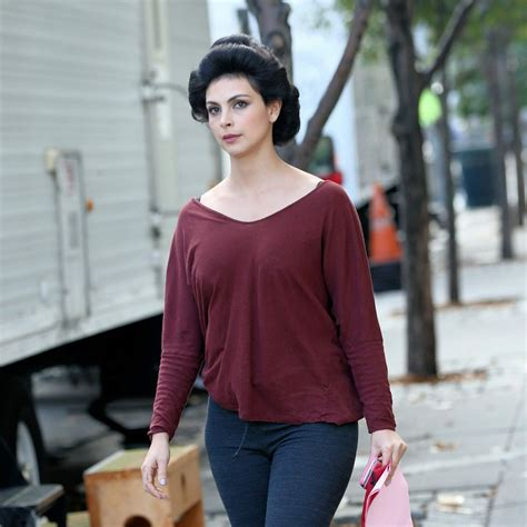 New Morena Set Es morena baccarin walks to trailer of the set mating in soho in new york celebzz celebzz