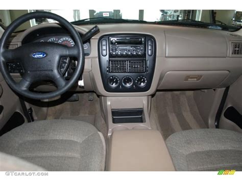 Ford Explorer 2002 Interior by 2002 Ford Explorer Xls 4x4 Dashboard Photos Gtcarlot