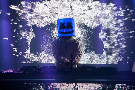 New Kaos Marshmello fortnite collabs with marshmello for a live in