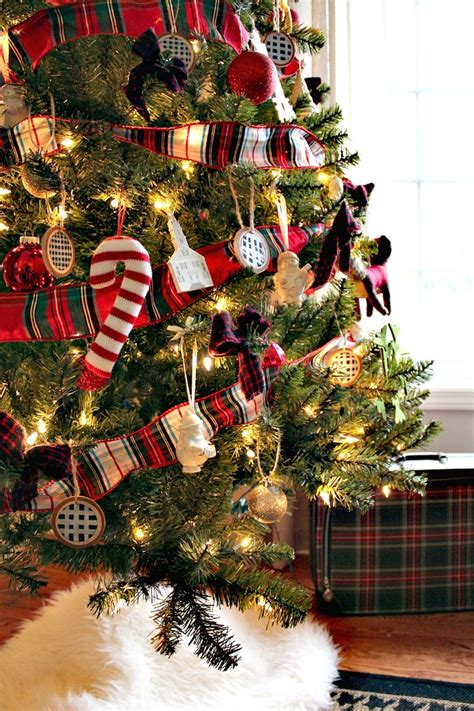does goodwill take christmas trees 10 diy ways to use plaid in your decor sweet parrish place