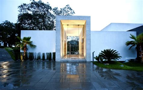 entrance sophisticated three story home in mexico - The Entrance House